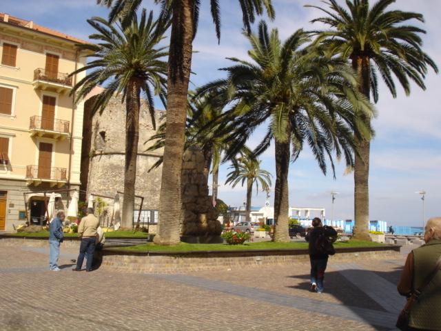 bilocale centro storico Ceriale